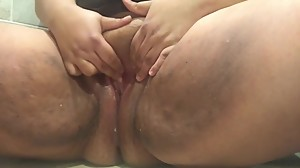 bbw pissing at home
