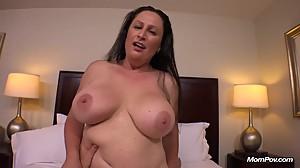 Big Natural Tits MILF gets Hardcore..